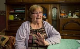 Saint-Omer, le 23 septembre 2014. Yvette Bert, dans son appartement, se prépare à être jugée pour avoir organisé 169 lotos.