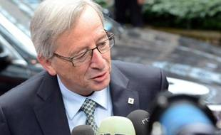 Le Premier ministre luxembourgeois Jean-Claude Juncker, dont le gouvernement de coalition avec les socialistes est en sursis depuis jeudi, a affirmé samedi qu'il n'était pas intéressé par des responsabilités européennes.