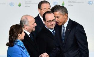 Ségolène Royal, Laurent Fabius, Ban Ki-moon, François Hollande et Barack Obama le 30 novembre 2015 au Bourget pour la COP21