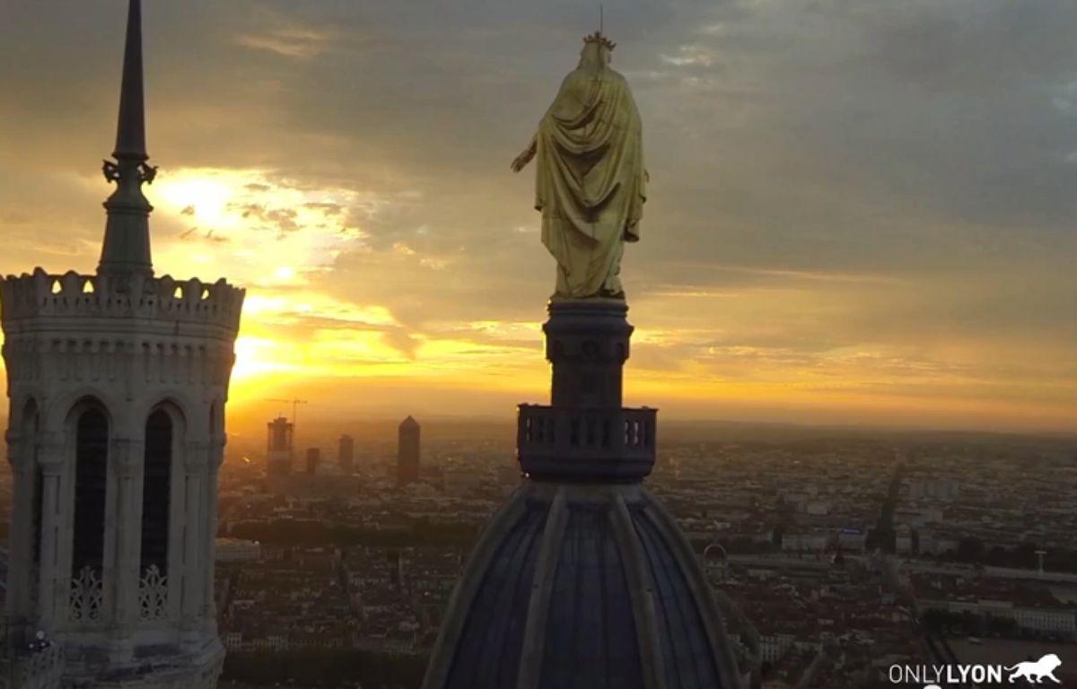 Capture d'écran de la vidéo Lyon vue du Ciel par un drone. – Capture d'écran Youtube