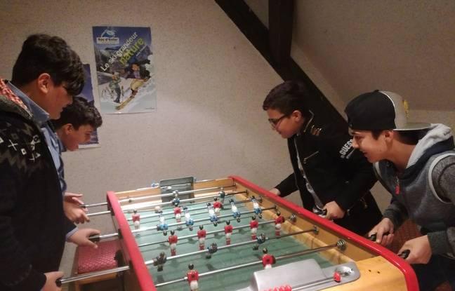 Le jeune Rody (en haut à droite) est le dernier des cinq amis à être arrivé d'Irak en Alsace.