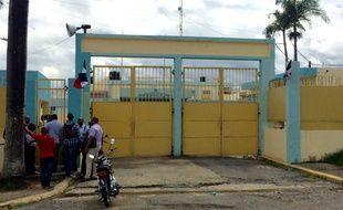 Najayo (République dominicaine), le 25 février 2017. Les avocats de Christophe Naudin négocient un accord dans le but de le faire libérer.