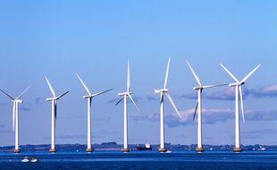 La France veut rattraper son retard, en matière d'énergies marines. Ici, un champ d'éoliennes en mer entre le Danemark et la Suède (photo d'illustration).