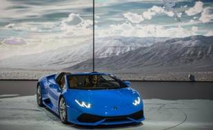 Le nouveau modèle Huracan de la firme italienne Lamborghini dévoilé à Francfort le 14 septembre 2015