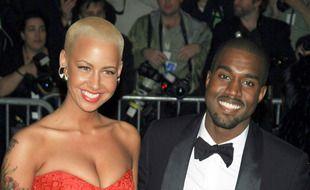 Le mannequin Amber Rose et le rappeur Kanye West en 2009 lorsqu'ils étaient en couple