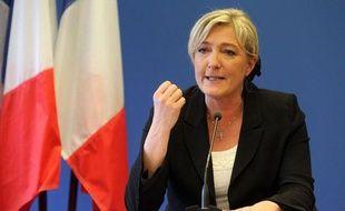 Marine Le Pen à Nanterre (Hauts-de-Seine), le 10 avril 2012.