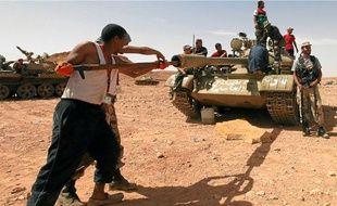 Près de Bani Walid, l'un des derniers bastions kadhafistes, dimanche.