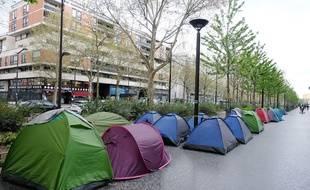 (Illustration) Un  camp de migrants à la Porte d'Aubervilliers, en avril 2019.