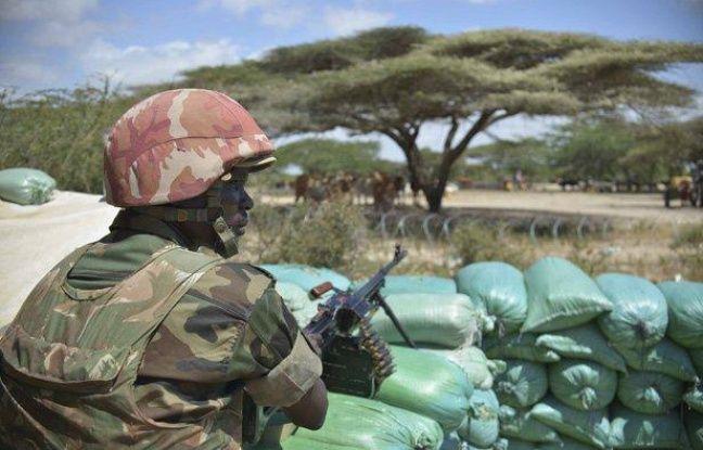 Un soldat garde une base miliaire dans le Lower  Shabelle, le 10 janvier 2013.