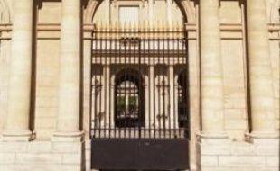 Le Conseil d'Etat s'est penché vendredi sur la responsabilité de l'Etat dans la déportation des Juifs pendant la Seconde guerre mondiale, en examinant le cas de l'ayant droit d'une victime sur lequel un tribunal administratif avait refusé de statuer en 2008.