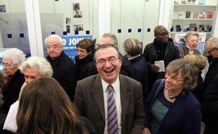 Hervé Mariton candidat à la présidence de l'UMP, s'apprête à voter à la permanence UMP de Paris 15e, le 29 novembre 2014