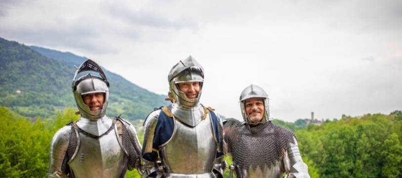 Les 6 et 7 juillet, des chercheurs grenoblois vont traverser les Alpes en armures de 1515 pour les besoins d'une expérience scientifique. Crédit : megapixailes.com