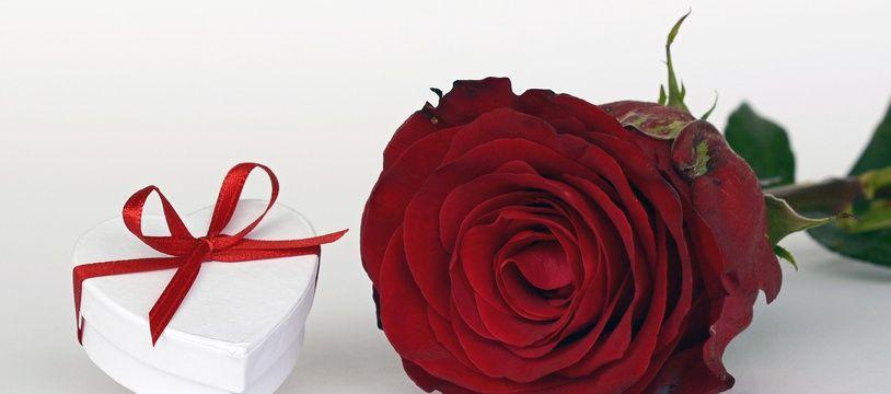 Les chocolats et les fleurs restent les cadeaux stars de la Saint-Valentin