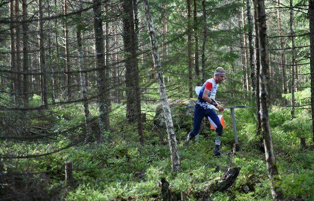 Frédéric Tranchand, en pleine forêt norvégienne lors des championnats du monde de course d'orientation 2019.
