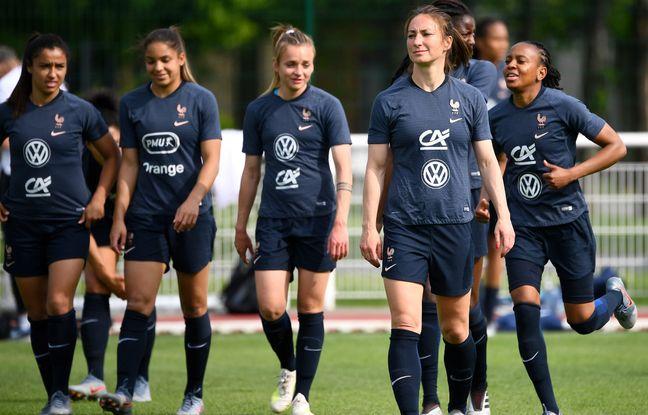 Journal des Bleues: Dernière étape avant les choses sérieuses... «Le public breton est très branché foot féminin»