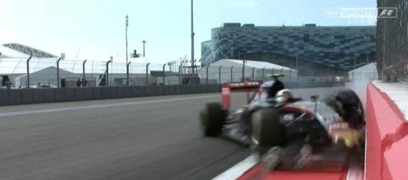 L'Espagnol Carlos Sainz Jr (Toro Rosso) a subi un violent accident lors de la 3e séance d'essais libres du Grand Prix de Russie de Formule 1, le 10 octobre 2015.