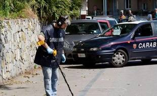 Le patron d'Ansaldo Nucleare, filiale du géant industriel italien Finmeccanica, a été blessé lundi matin à Gênes (nord-ouest) par des tirs aux jambes en pleine rue et les enquêteurs ont indiqué aux médias italiens suivre l'hypothèse d'une piste anarchiste.