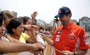Le pilote français de Mitsubishi, Luc Alphand, à Buenos Aires, juste avant du départ du Dakar, le 2 janvier 2009.