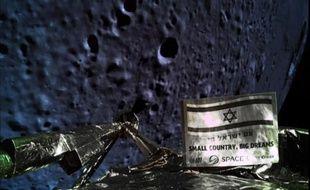 L'une des dernières photos de la Lune prise par la sonde israélienne Beresheet avant son crash, le 11 avril 2019.