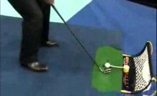 Un exemple d'accessoire pour jeux vidéo. Le golf au salon c'est possible.