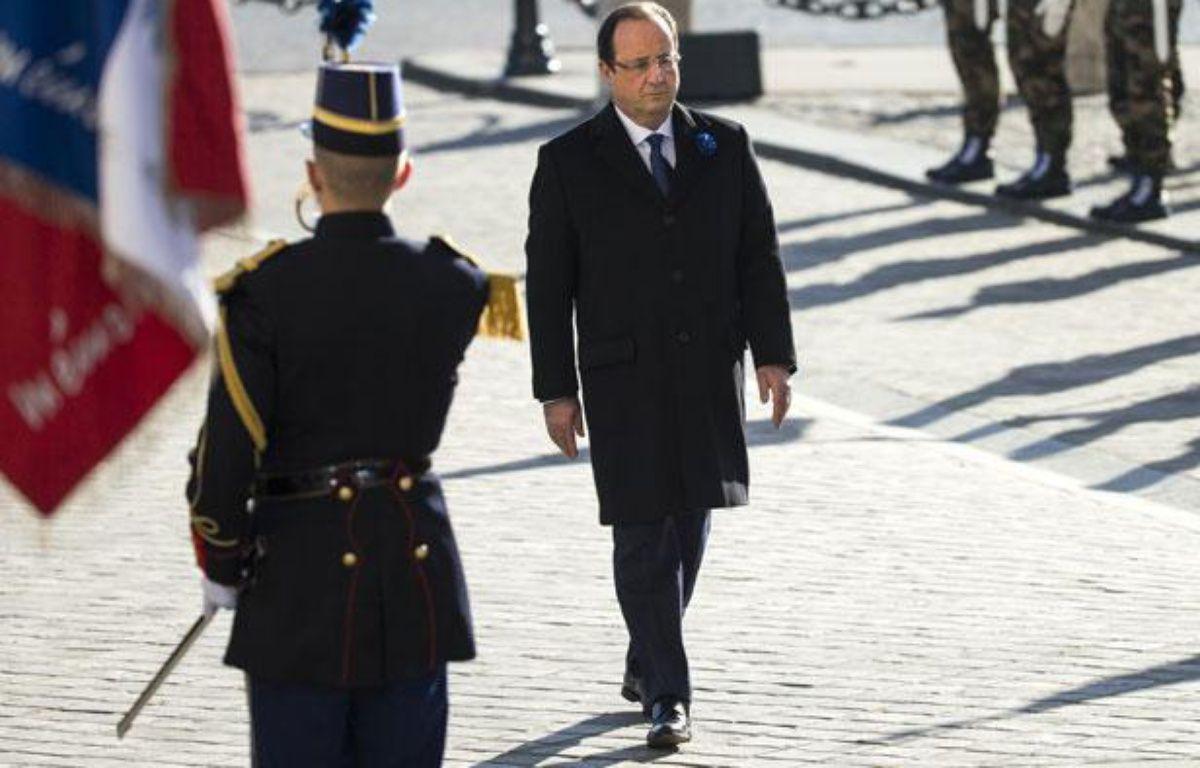 François Hollande lors des cérémonies du 11 novembre à Paris. – AFP