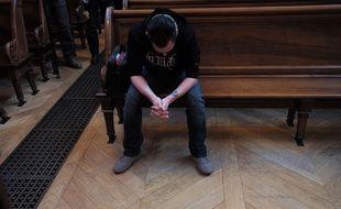 Gabriel Iacono, ce 18 mars à Lyon, lors du troisième jour de procès de son grand-père qu'il a accusé de viols pendant onze ans avant de se rétracter. F. Elner / Sipa