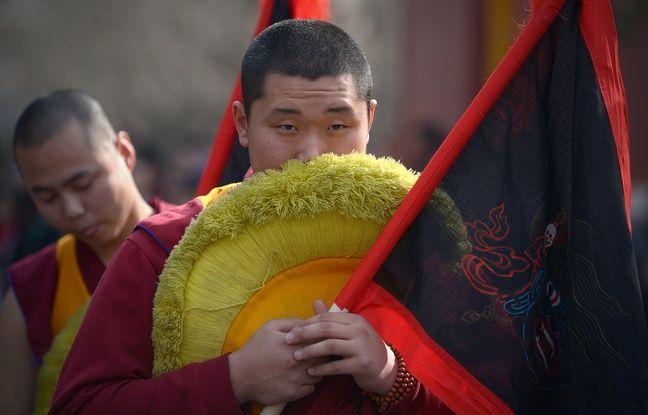 Un moine tibétain à Pékin, le 19 mars 2015.