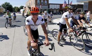 Lance Armstrong s'est lancé dans une tournée caritative.