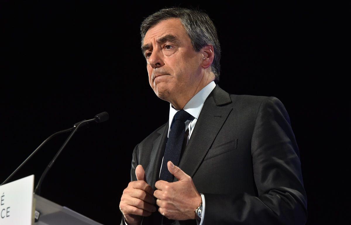 François Fillon lors de son meeting à Toulouse, le 13 avril 2017. – REMY GABALDA / AFP