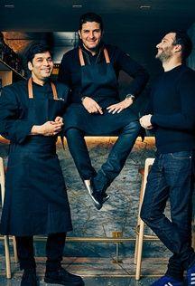 L'équipe du Shirvan: le chef Manoj Sharma, Akrame et Antoine Georget, le directeur