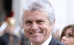Le journaliste Claude Sérillon a été nommé conseiller à la présidence de la République, selon un arrêté publié au Journal officiel jeudi.