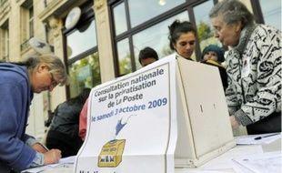 La votation citoyenne sur le changement de statut de La Poste a connu un vif succès.