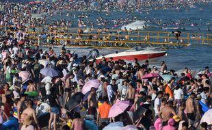 Les 9 millions d'habitants de la métropole de Qingdao en Chine vont être dépistés après la découverte de nouveaux cas locaux de coronavirus