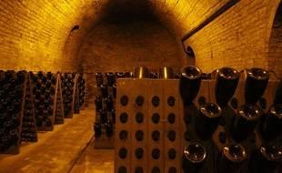 Dans les caves de la maison Krug, le champagne repose, en attendant son heure.