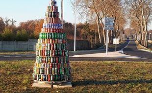 Le sapin de Noël en déchets de Fonsorbes.