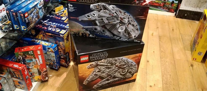 Le Faucon Millenium de «Star Wars» existe en Lego en versions pour les enfants, pour les adultes, mais aussi en ultra collector.