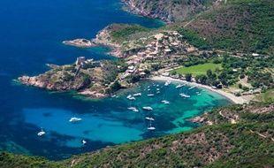 Plus d'un Français sur deux (53%) sont opposés aux mesures de restrictions sur l'accès à la propriété foncière en Corse proposées par le président de la Collectivité territoriale de Corse Paul Giacobbi, selon un sondage IFOP