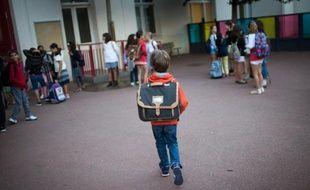 """Plus de la moitié des Français, 53%, sont """"opposés"""" la réforme des rythmes scolaires, selon un sondage BVA pour Le Parisien, Aujourd'hui-en-France et I-Télé-CQFD publié samedi."""