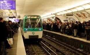 Quai de métro surchargé lors d'une journée de grève. (Archives)