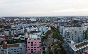 La vue sur la ville de Strasbourg qui compte, avec l'ensemble de son aire urbaine, 461.101 habitants. Illustration