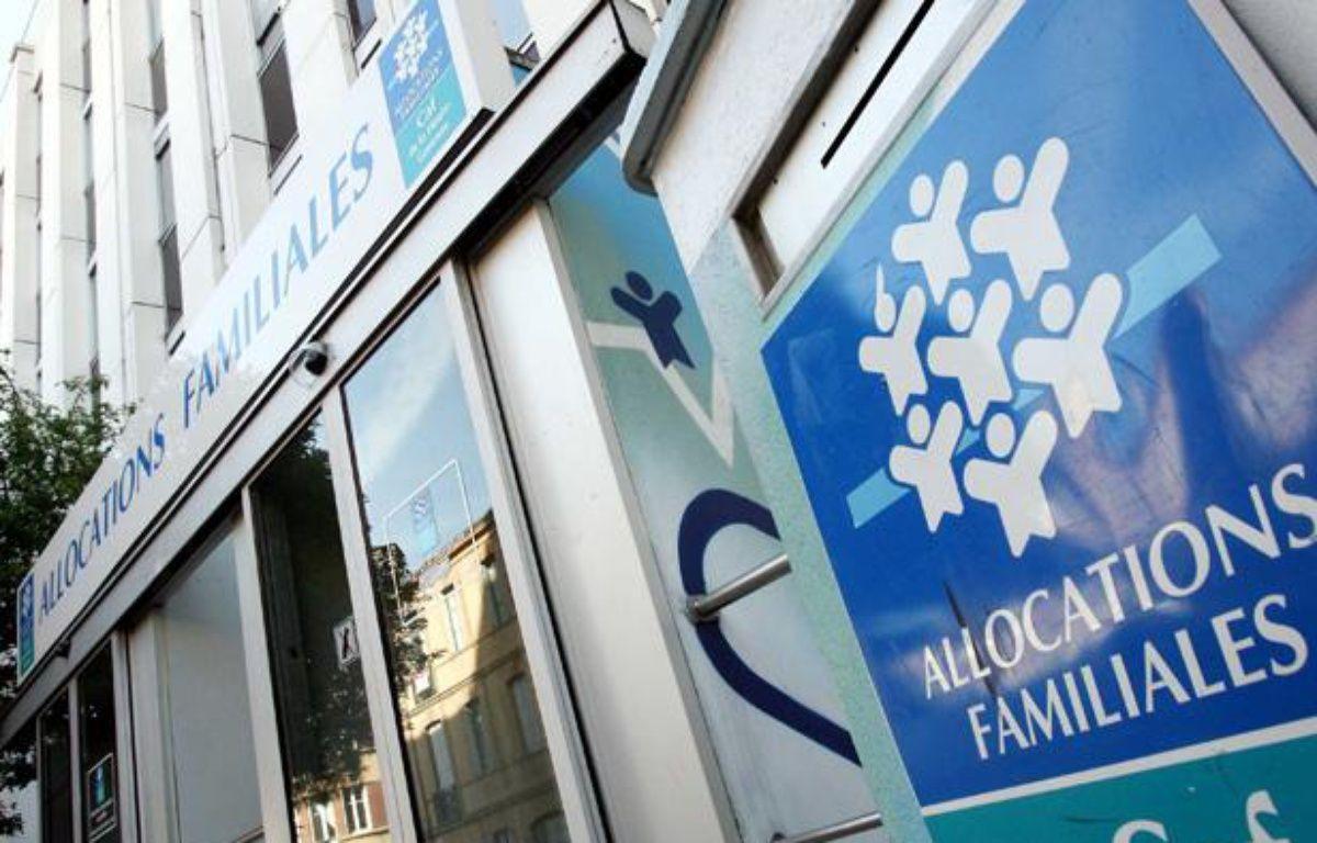 Caisse d'allocations familiales à Toulouse. – BORDAS/SIPA