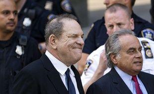 Harvey Weinstein et son avocat Ben Brafman, à New York le 9 juillet 2018.