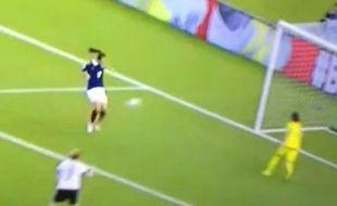 Gaëtan Thiney a manqué une chance incroyable d'envoyer la France en demi-finale.