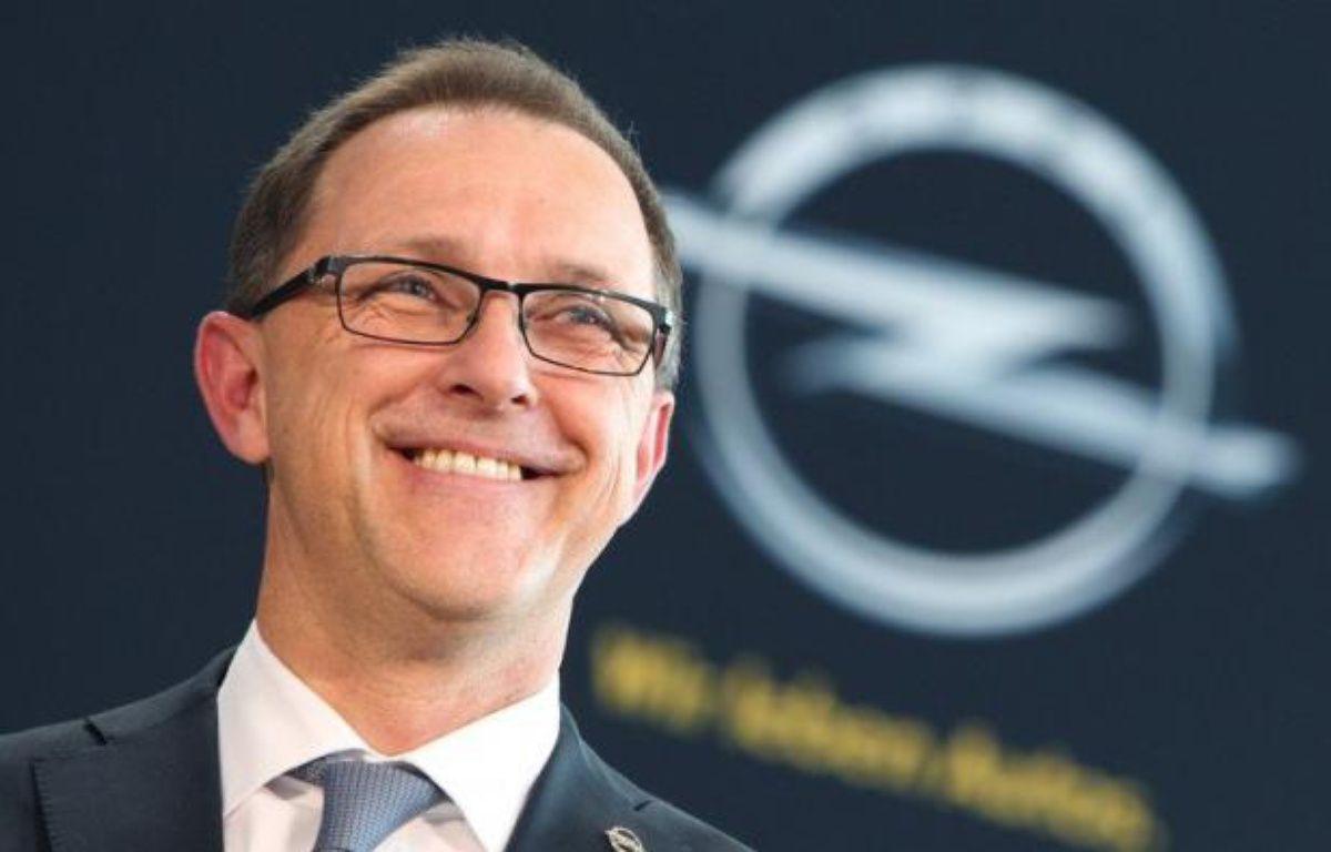 Nouveau patron, révocation de deux membres du directoire, et maintenant menaces sur les emplois des cadres dirigeants: General Motors semble avoir décidé de donner un grand coup de balai dans sa filiale en difficulté Opel. – Daniel Roland afp.com