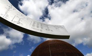 Le Globe de la Science et de l'innovation, bâtiment emblématique du Cern à Meyrin en Suisse.