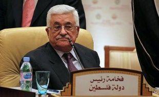 """Mais le président palestinien Mahmoud Abbas a été ferme jeudi. """"Nous ne renoncerons pas à la demande d'adhésion de la Palestine à l'Unesco, où la bataille est très intense"""", a-t-il déclaré, affirmant ne voir """"aucune justification"""" à l'abandon de cette candidature."""