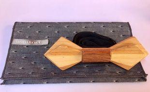 L'Azuréen Benjamin Larosa a créé, avec son père ébéniste, un nœud papillon en bois.