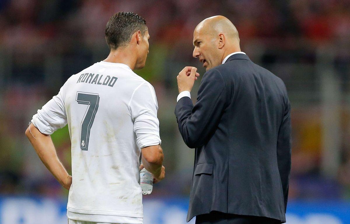 Cristiano Ronaldo et Zinedine Zidane lors de Real Madrid-Atlético Madrid, le 28 mai 2016.  – Manu Fernandez/AP/SIPA