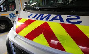 Illustration d'une ambulance de secours du Samu.