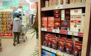 De nouveaux labels bio et commerce équitable apparaissent dans les rayons.